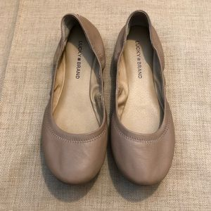 Lucky Brand Nude Emmie Flats